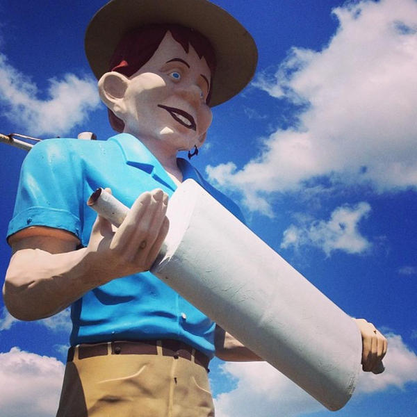Happy Half-Wit Muffler Man