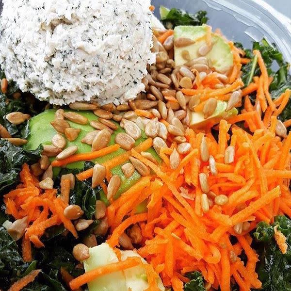 Yummy Kale Salad photo by @aeromosa91