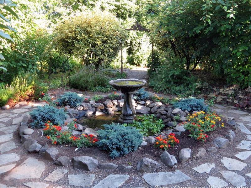 NatureScaping Wildlife Botanical Gardens