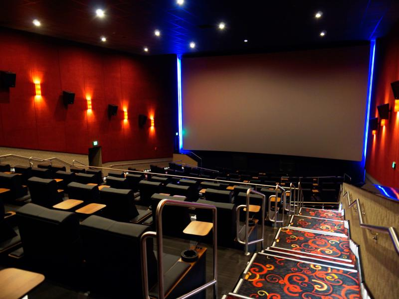 regal cinema 10