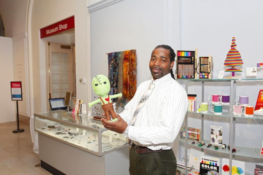 Museum Shop - Dec News- Holiday Shop