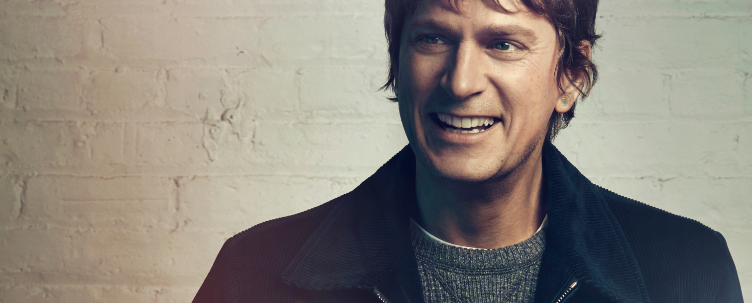 Rob Thomas: Chip Tooth Tour