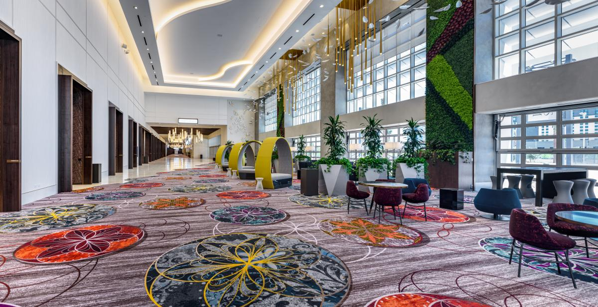 The FORUM meeting spaces at Cesars Palace Las Vegas are connected by this bright and spactious throughway.