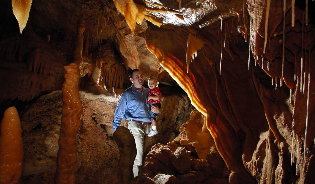 Natural Bridge Caverns.jpg