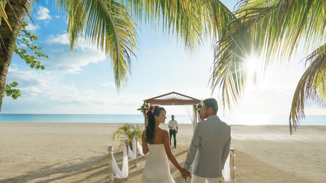 Weddings at Couples Swept Away