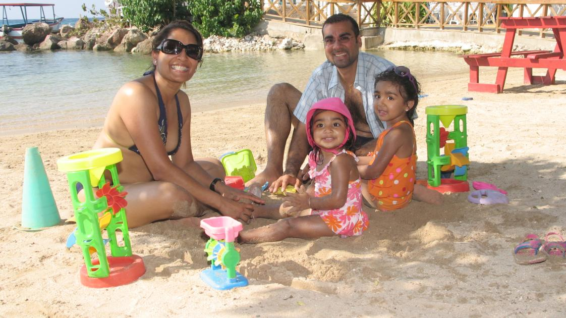 Family enjoys the True Jamaican Holiday at FDR