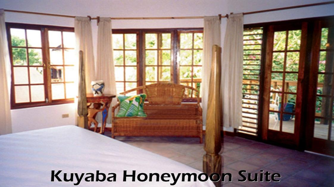 Kuyaba Honeymoon Suite
