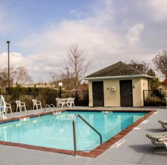 Comfort Inn Smithfield Outdoor Pool