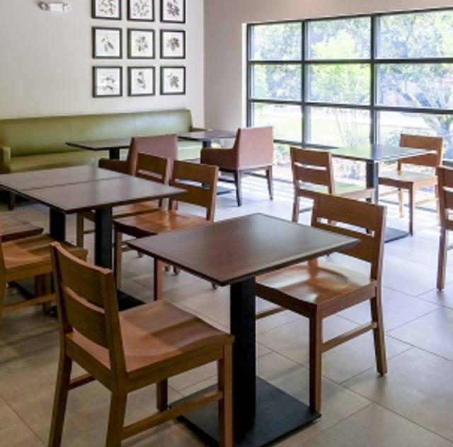 Country Inn & Suites Breakfast Area