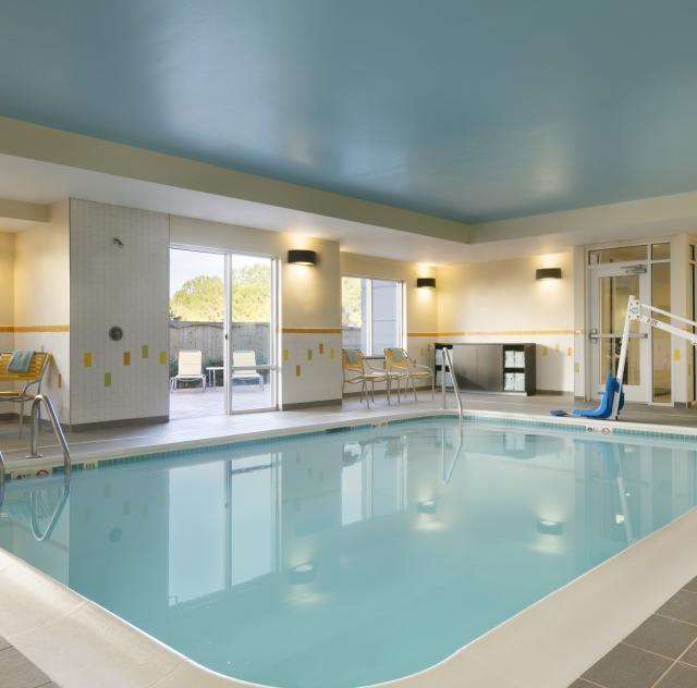 Fairfield Inn & Suites Indoor Pool