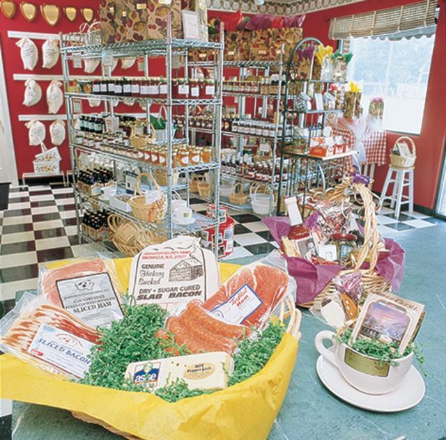 Smithfield Ham Shop 2