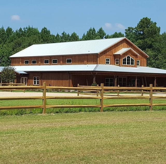 The Barn at Broadslab Exterior