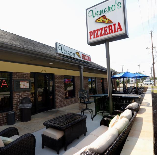 Venero's Pizzeria