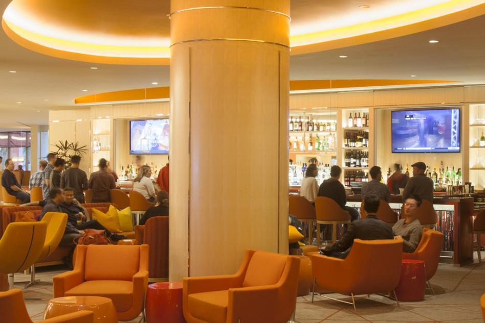 Red Bar & Lounge