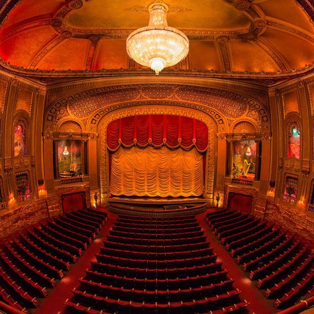Byrd Theatre Auditorium - Fish Eye (Credit: Scott Kelby)