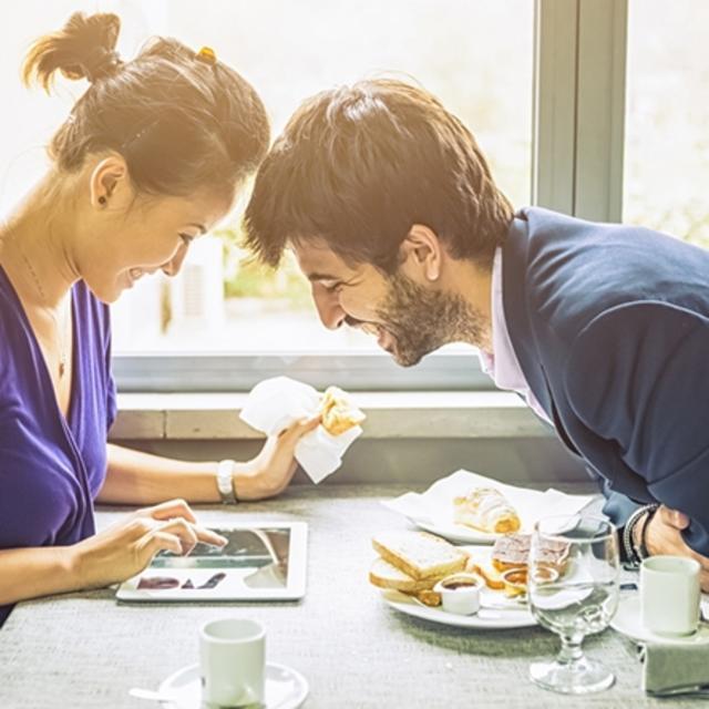 Breakfast & Wi-Fi