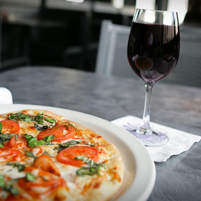 Sette Pizza Wine