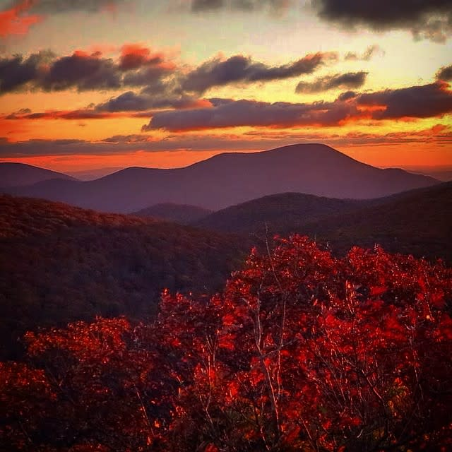 Red Mountain Light - Fall Photo
