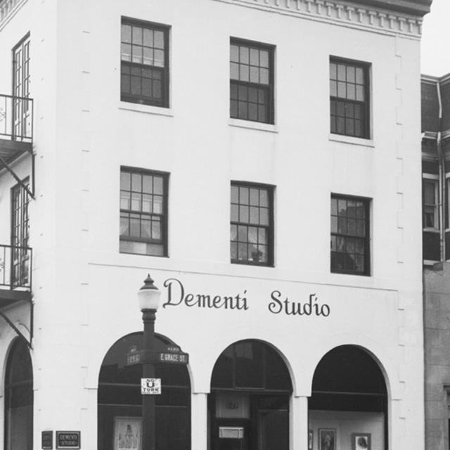 NEW Dementi Gallery