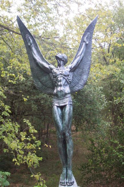 The Spirit of Flight (Umlauf Sculpture Garden)