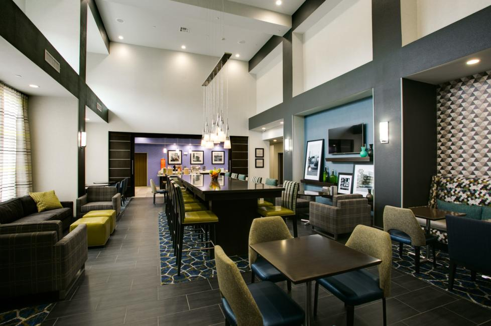 hampton perfect mix lobby