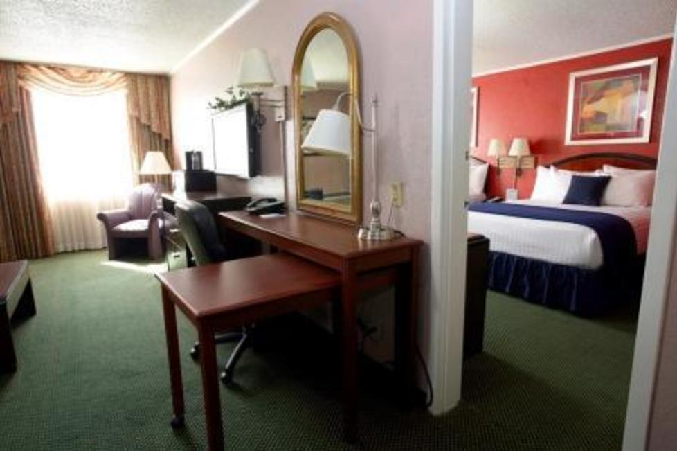 Two Rppm Executive Suite
