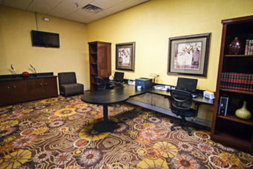 Complimentary usage of our full service Business Center