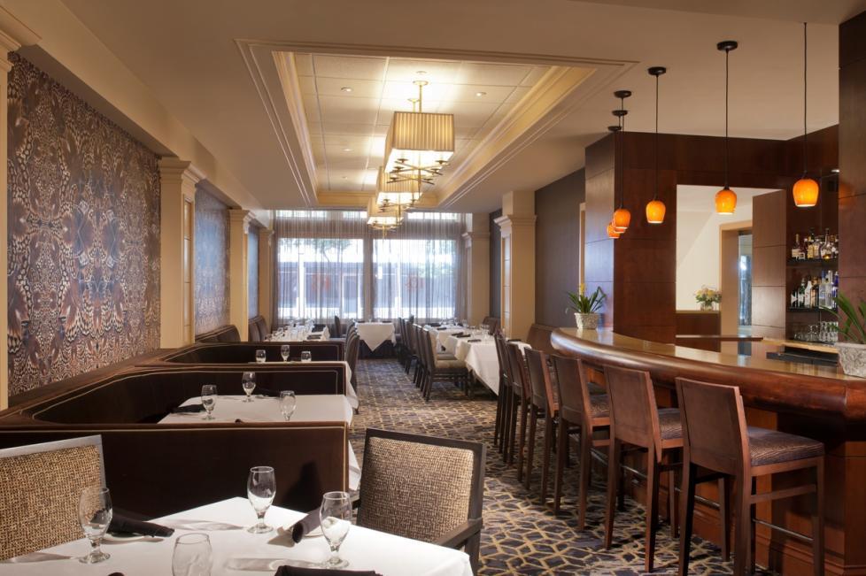 Six 10 Grille - Restaurant at The Ashton