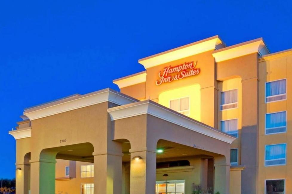 hampton inn and suites west i-30