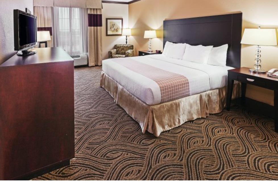la quinta inn and suites burleson