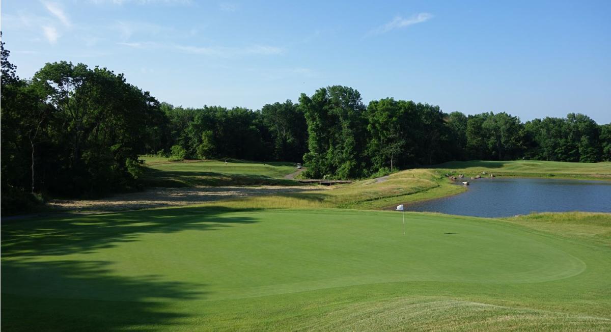 Raven's Claw Golf Club Hole 3
