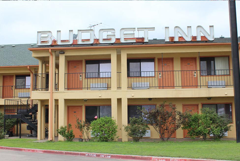 Budget Inn Exterior
