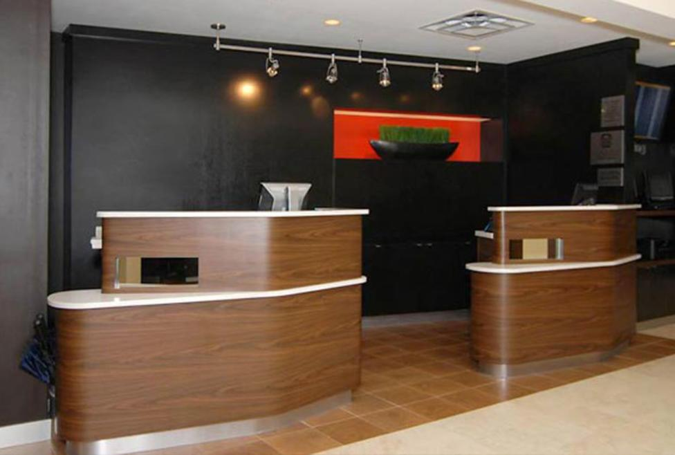 Courtyard Dallas - DFW Airport South/Irving - Front Desk