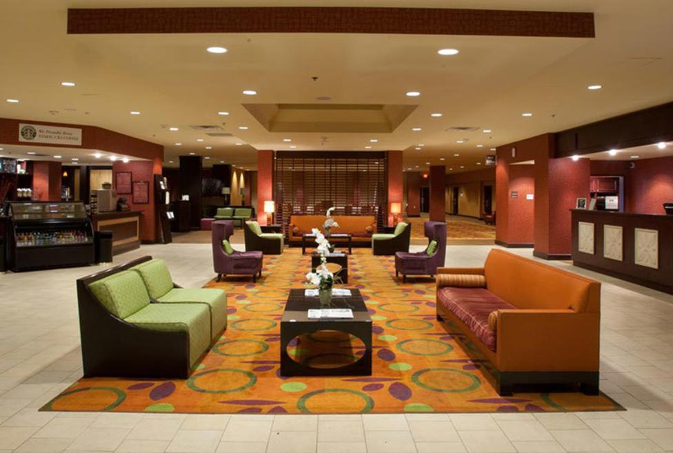 Doubletree by Hilton DFW Airport North - Lobby
