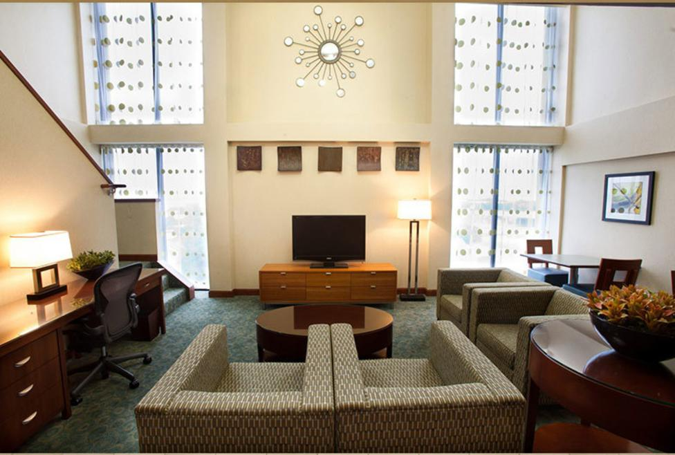Doubletree by Hilton DFW Airport North - Lobby1