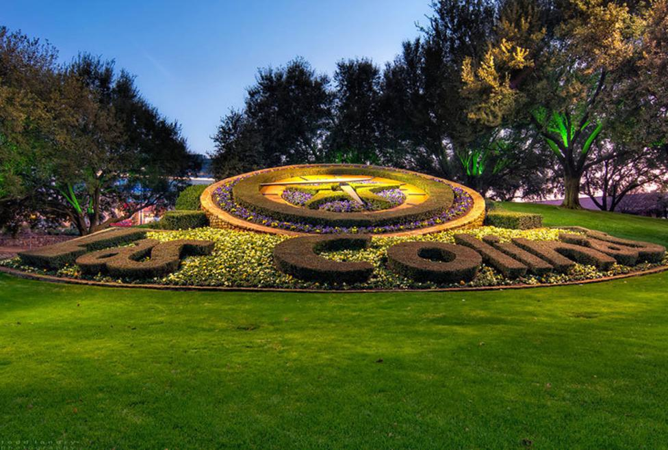 Las Colinas Flower Clock