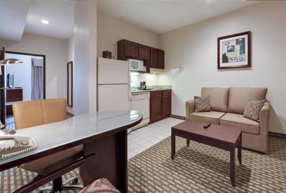 Hawthorn Suites - DFW Airport North - kitchenette
