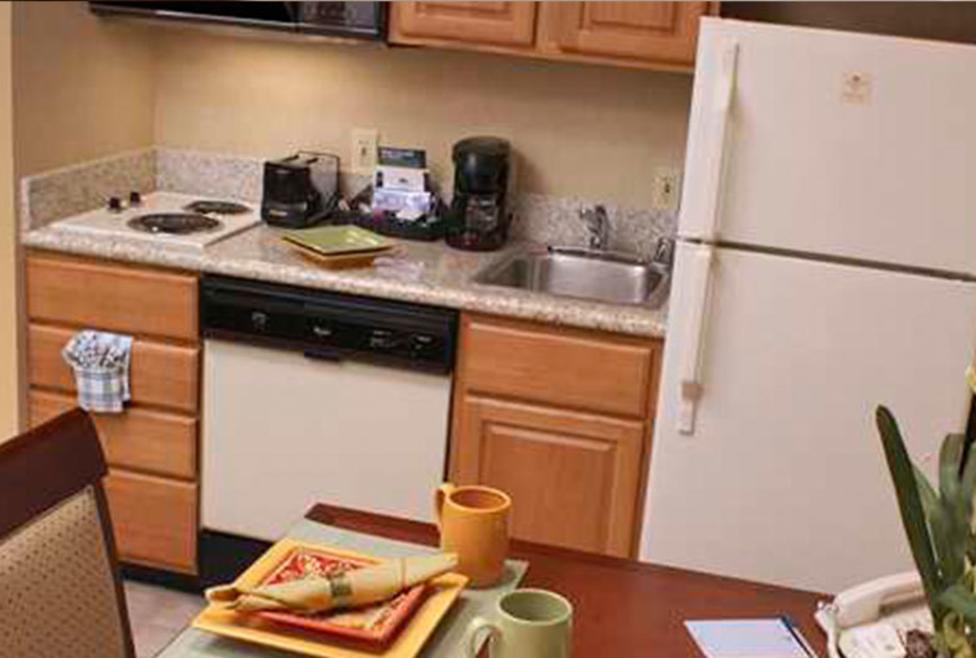 Homewood Suites Las Colinas - Kitchenette