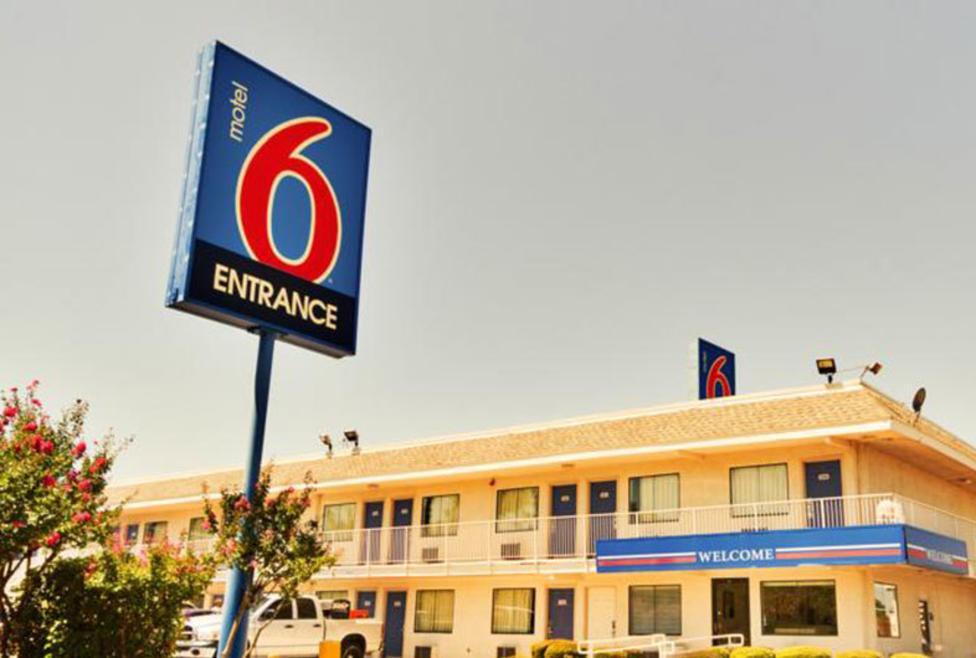 Motel 6 - Irving - Exterior