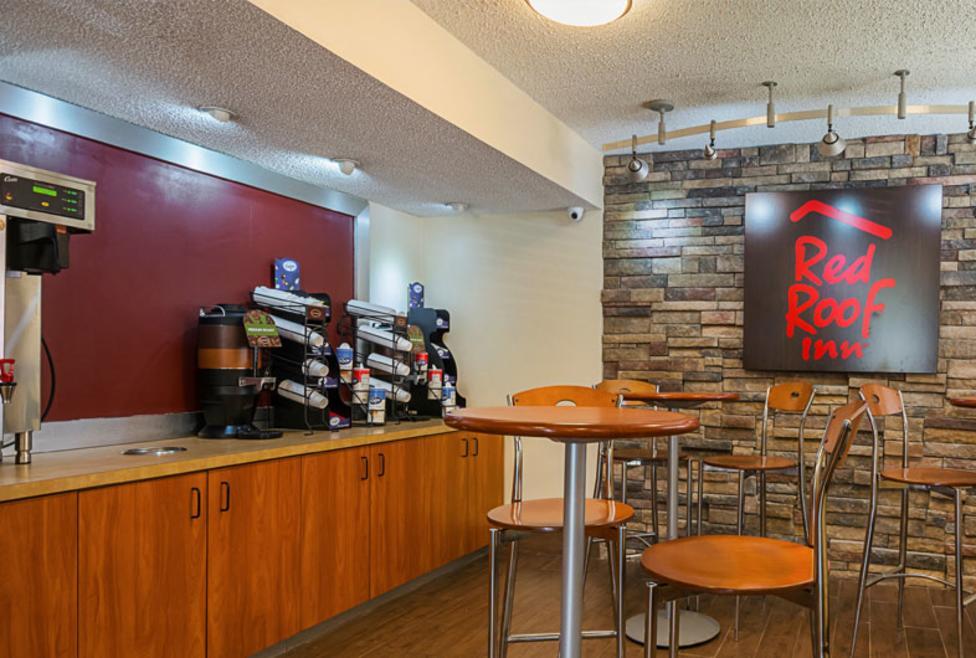 Red Roof Inn Cafe New
