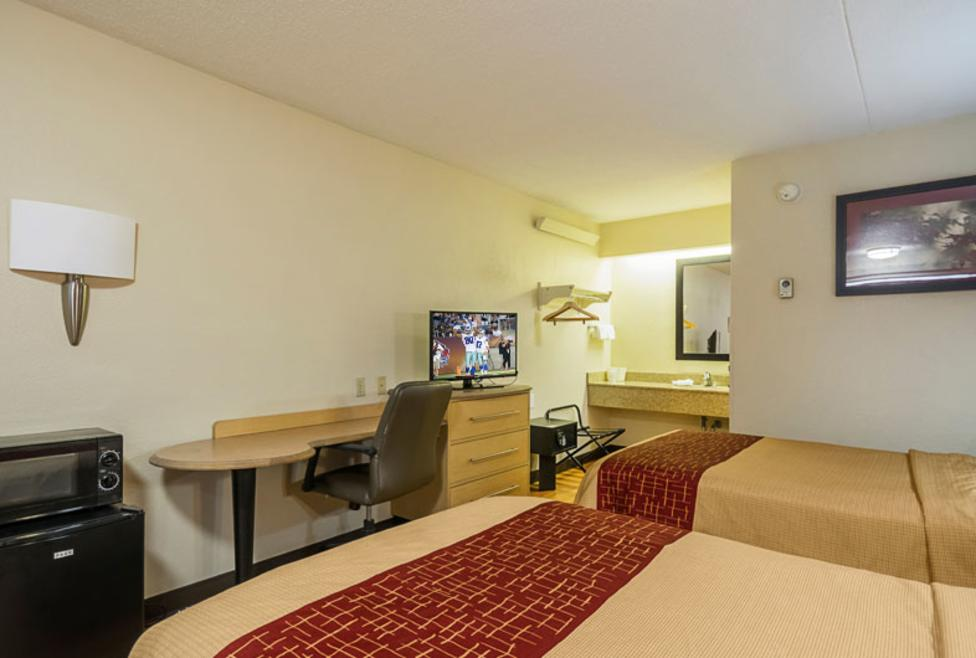 Red Roof Inn Double New