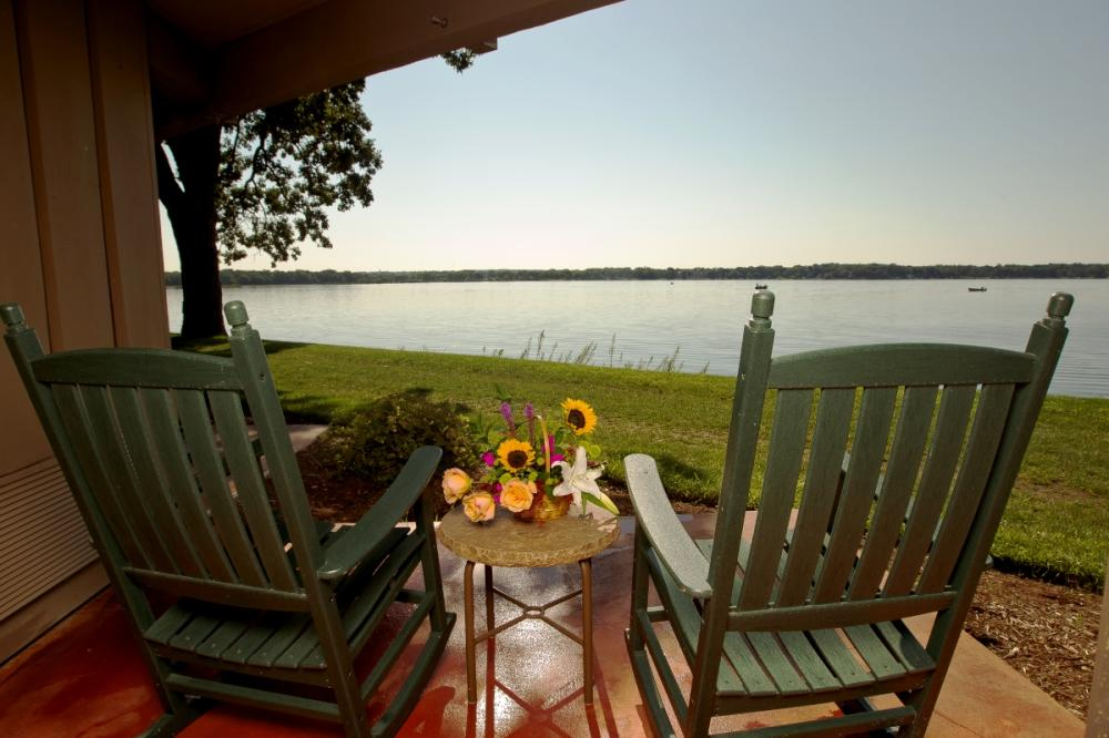 Lakeview_Patio_1200x800.jpg