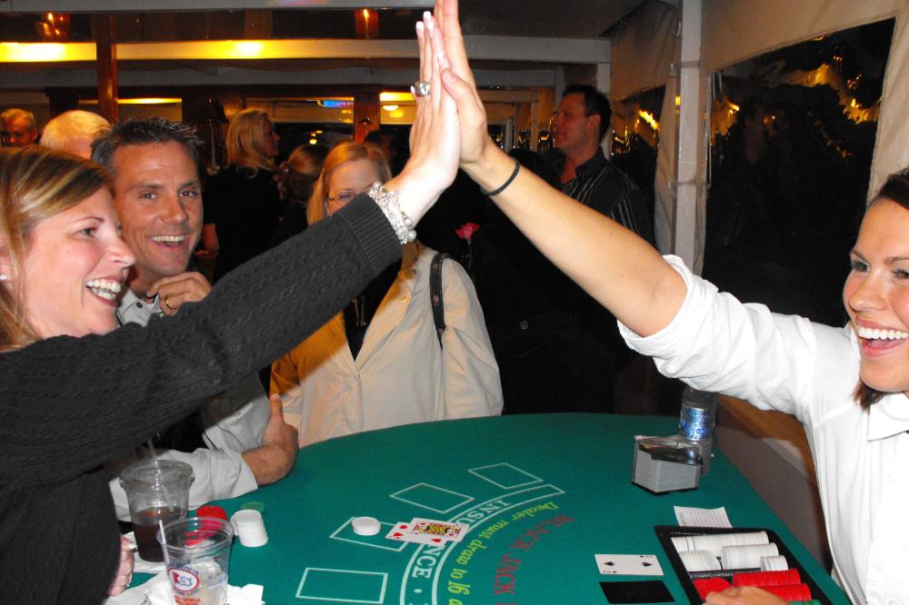 Casino_Night,_Lake_Geneva_Cruise_Line,_Lake_Geneva,_WI.JPG