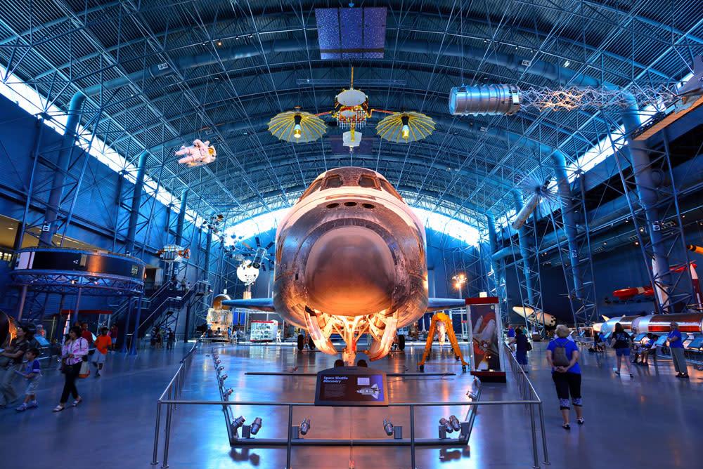 Space Shuttle Discovery - Steven F. Udvar-Hazy Center