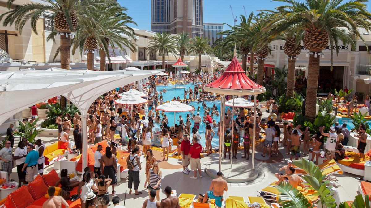 Encore Beach