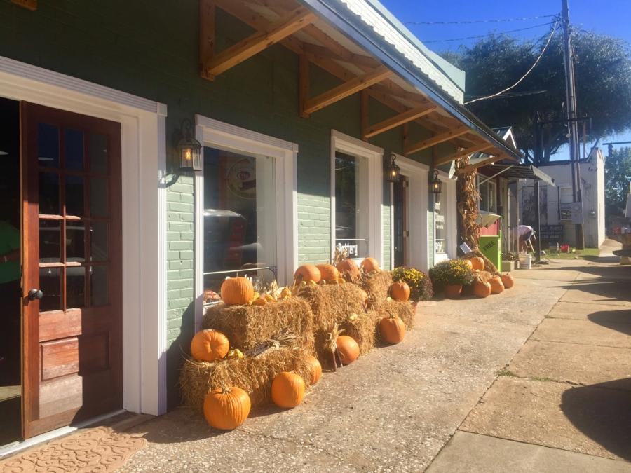 Fall harvest decor in Forest City