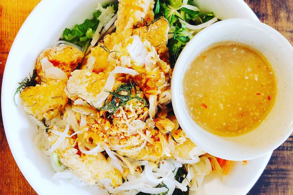 Turmeric Catfish Vermicelli Noodles w/pineapple anchovy sauce