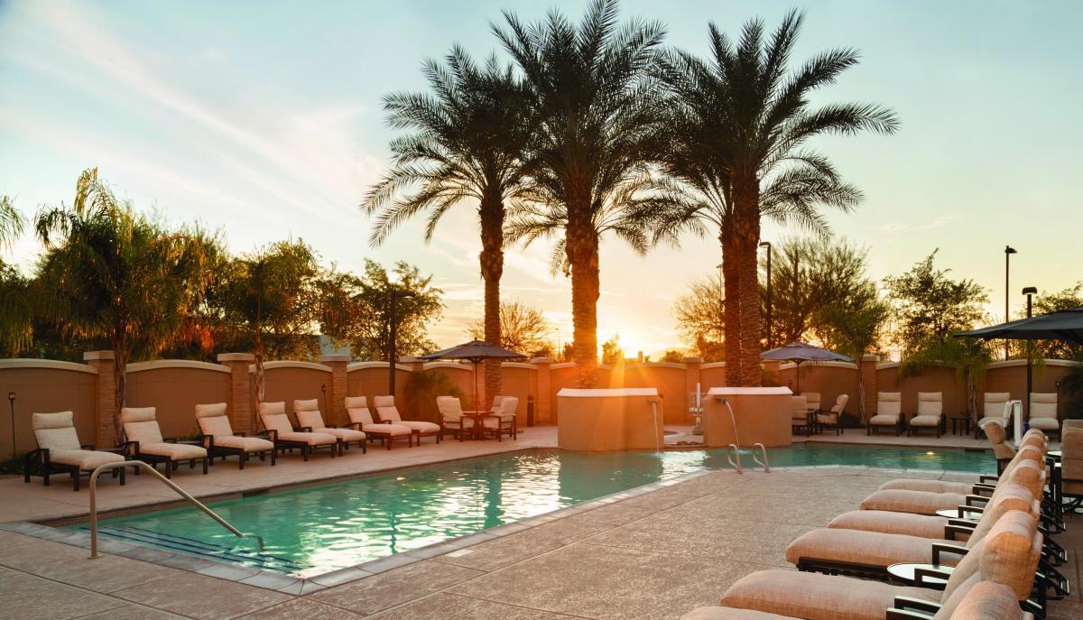Hilton Phoenix Chandler hotel pool