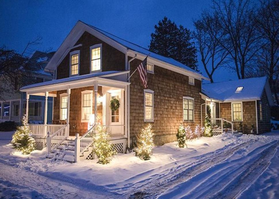 Annies Guest House Winter