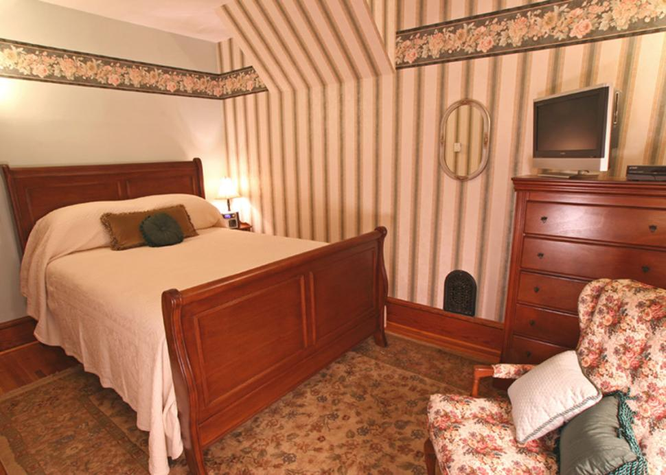 Relax after a day of Finger Lakes fun in Nelle's Hideaway at Bella Rose B&B
